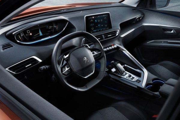 Peugeot 3008_int